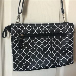 Bueno quatrefoil pattern shoulder bag